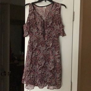 Lauren Conrad size 6 cold shoulder dress. Worn 1X